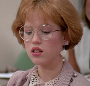 Once upon a time Molly Ringwald played this girl that all the boys lusted after and was getting all this pressure from adults to go to the prom. She also wore pink ALL THE TIME.